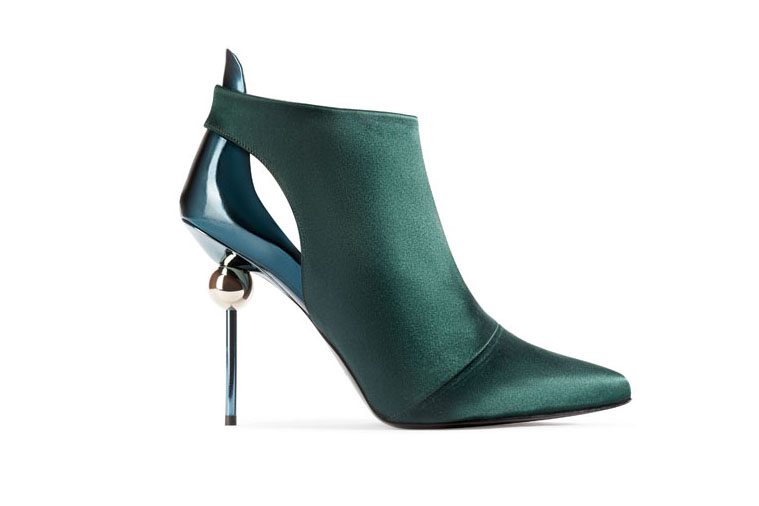 Stiletto Sphère Low Boot by Roger Vivier